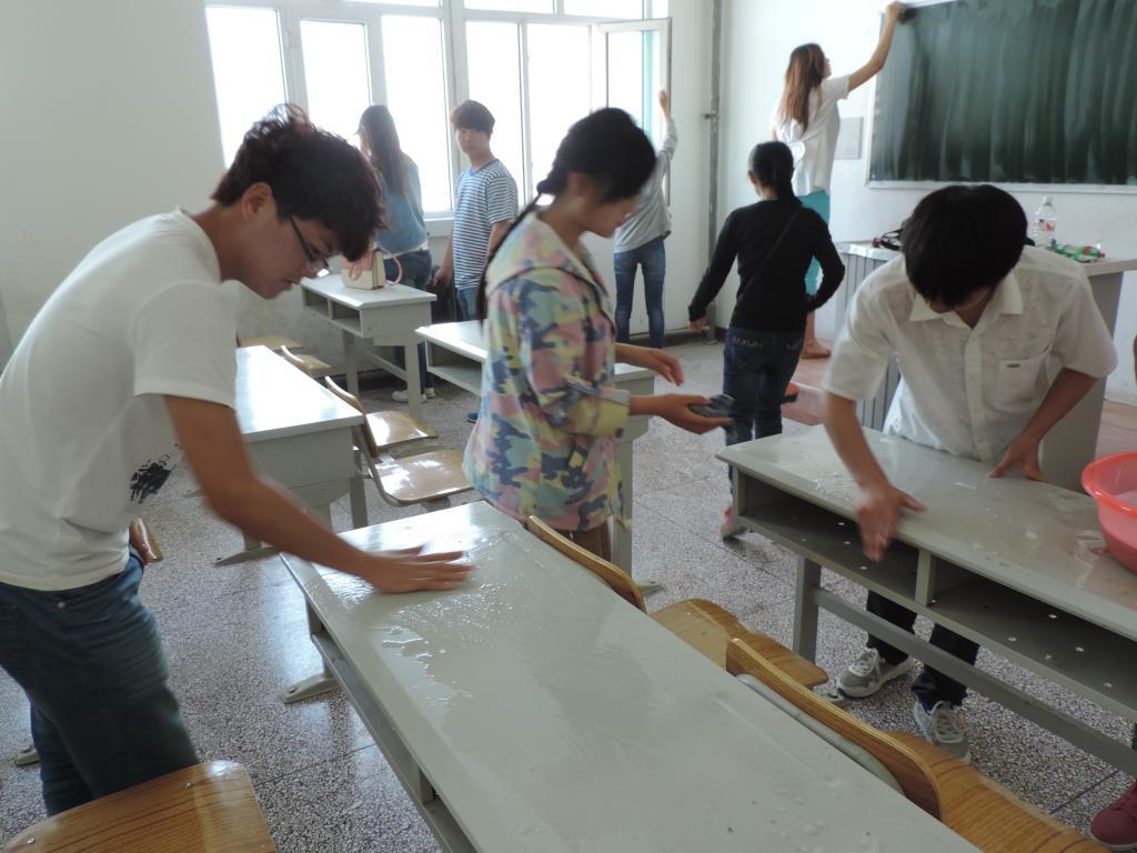 """洁净教室""""活动-塔里木大学"""